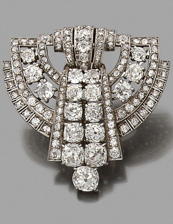 An Art Deco platinum and diamond brooch, circa 1930. #DiamondBrooches #platinumdiamond