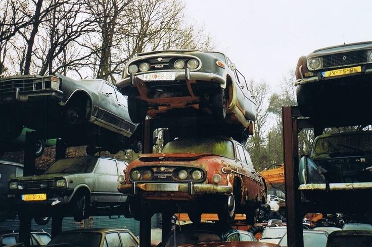 Oh no! Tatra 603!