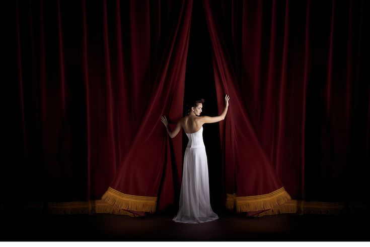 Robe de mariée : au théâtre...