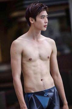 18 trozos atractivas y sin camisa coreana de ser agradecido por esta acción de gracias