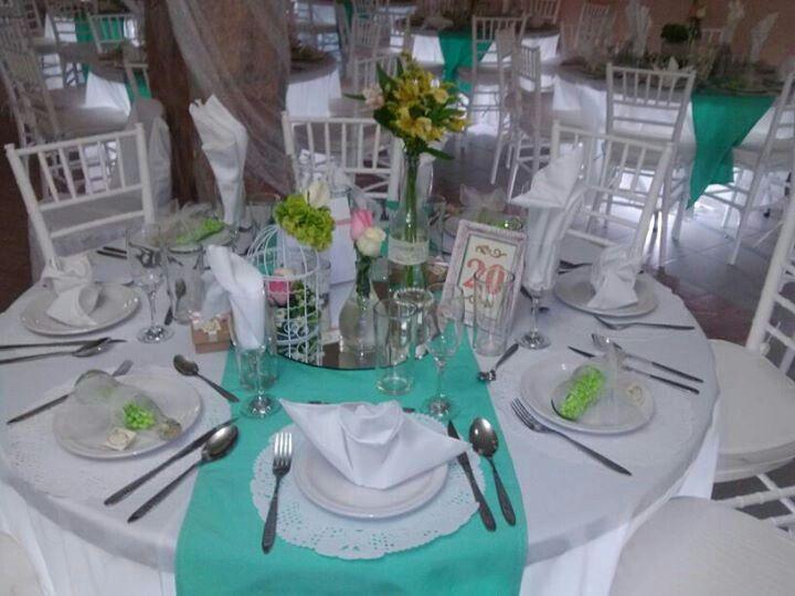 Centros de mesa estilo vintage jaula decorada con flores - Mesas de boda decoradas ...