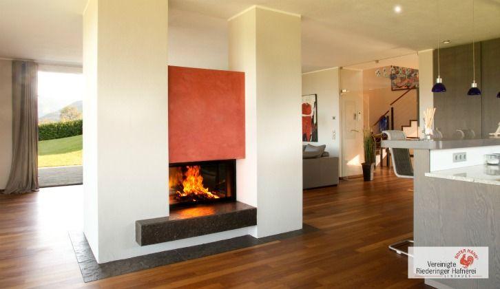 Moderner Heizkamin als Raumteiler. #HeizkaminModern #OfenModern #Fireplace www.ofenkunst.de