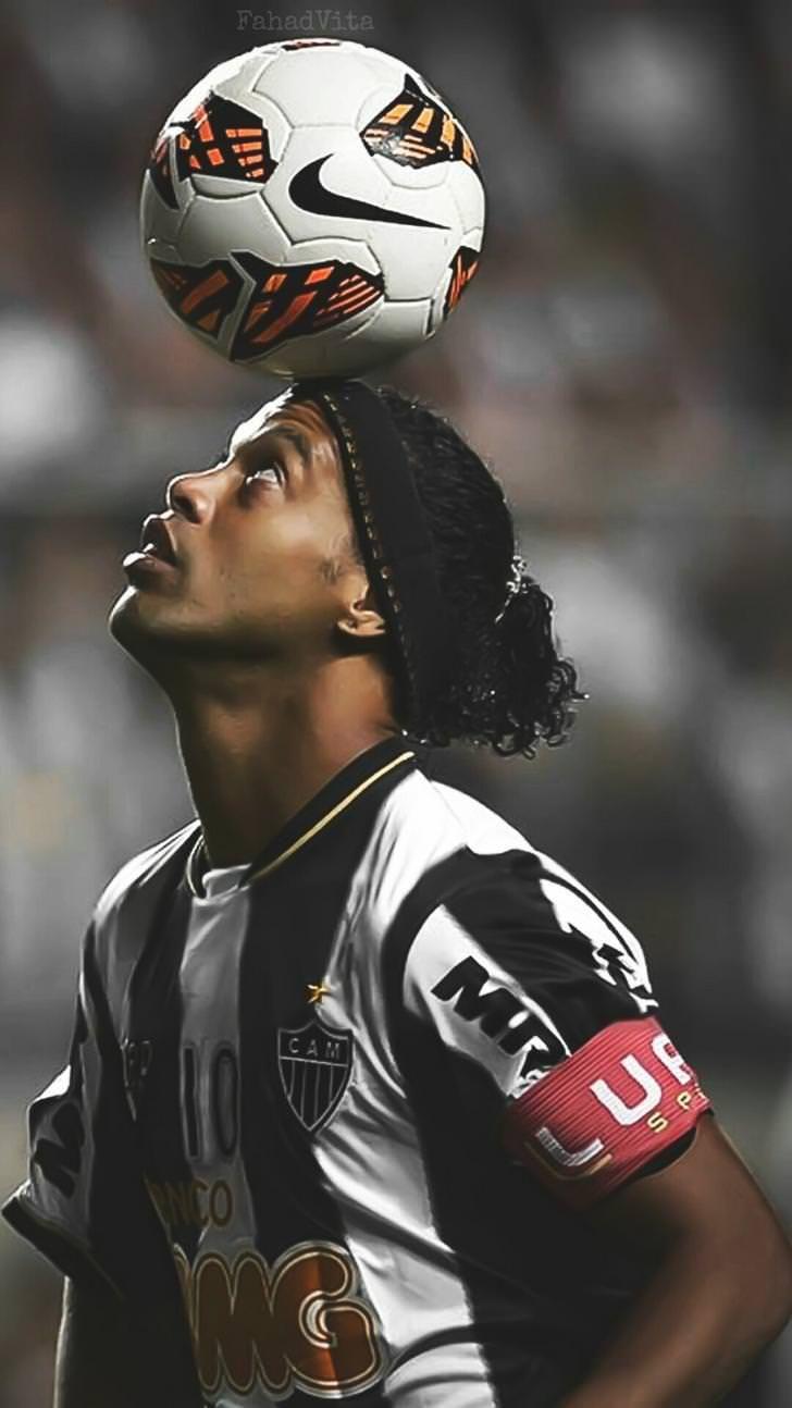 Ronaldinho Wallpaper Ronaldo Football Ronaldinho