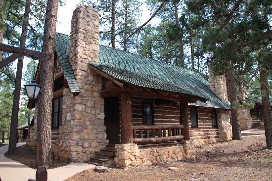 Bryce Canyon Lodge cabin