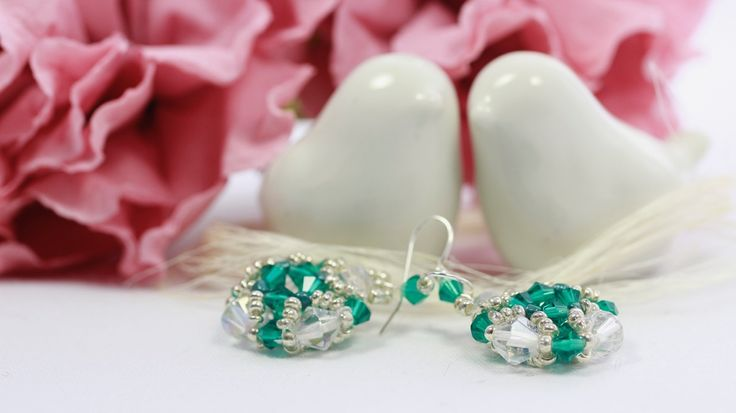 Cristal earrings with bicone cristals.