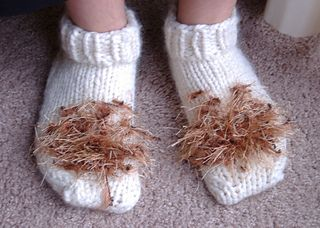 Ravelry: Hobbit Feet Slippers pattern by Joan of Dark aka Toni Carr