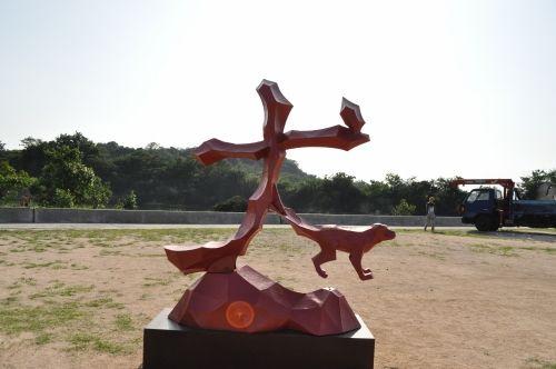3年に一度行われる瀬戸内国際芸術祭の舞台になっている犬島にはオブジェがいっぱい。犬島観光のおすすめ。