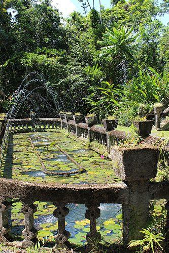 Fountain at Paronella Park