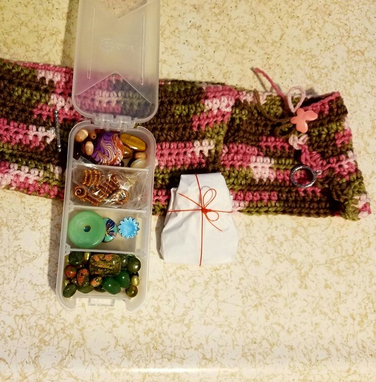 My partner, Jackie Marchant is so talented and so generous! Look at how my beads arrived - she actually crocheted a bag to hold everything, I opened the box to see this lovely package!