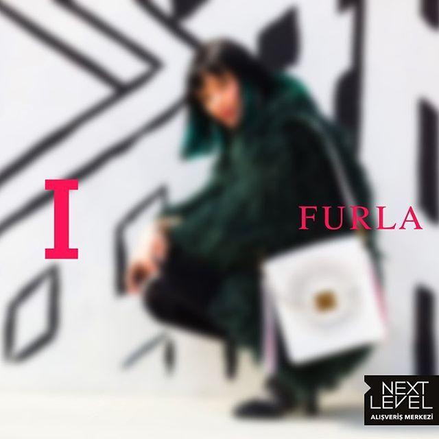 Yeni sezonunda muhteşem çantaları ile Furla yine büyülüyor!❤️ @furla