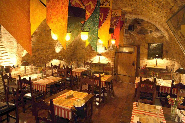 http://www.stikliaihotel.lt/uploads/img/stikliai_tavern1.jpg