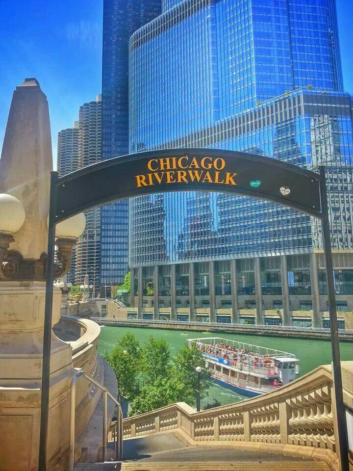 Chicago Riverwalk, gearing up for Summer