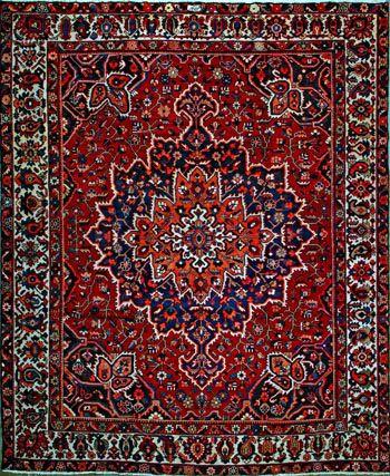 "Bakhtiari Persian Rug - 10' 2"" x 12' 2"" #oldcarpet #persianrug #orientalrug #rug #persiancarpet #carpet #qualityrug #bakhtiarirug #bakhtiari #art #love #beauty"
