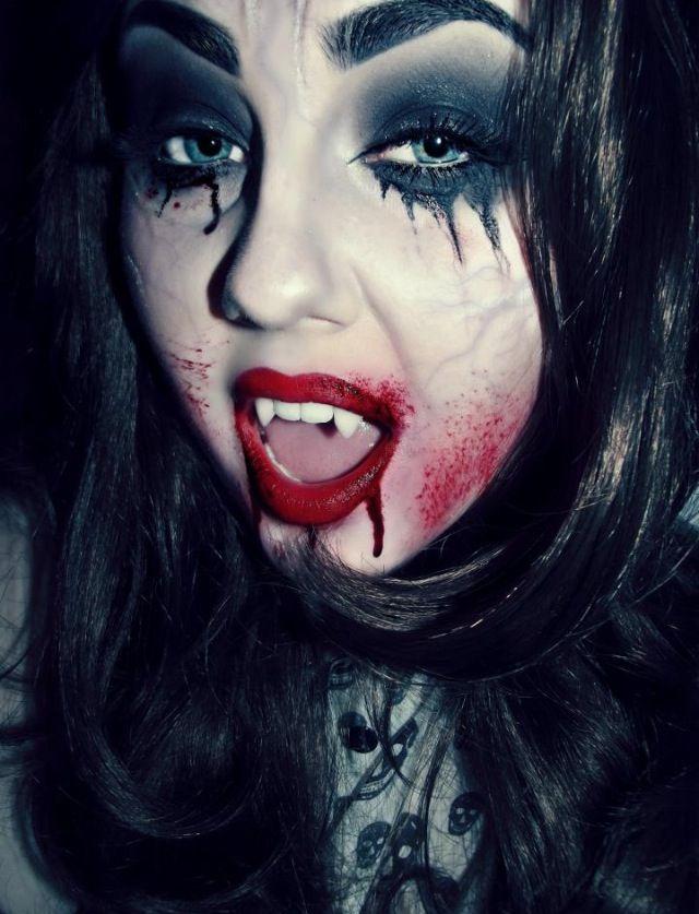 1000+ ideas about Halloween Makeup Vampire on Pinterest ...