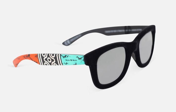 Paddle8: Necklace Sunglasses - Italia Independent