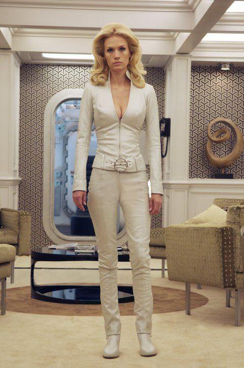 January Jones as Emma Frost - X-Men: First Class                                                                                                                                                                                 Más