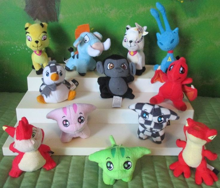 12 Neopets Plush Mcdonald S Happy Meal Toys Red Yellow Blue Green Checked Mcdonalds Happy
