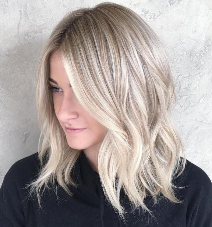 Blonde Wavy Lob With Highlights