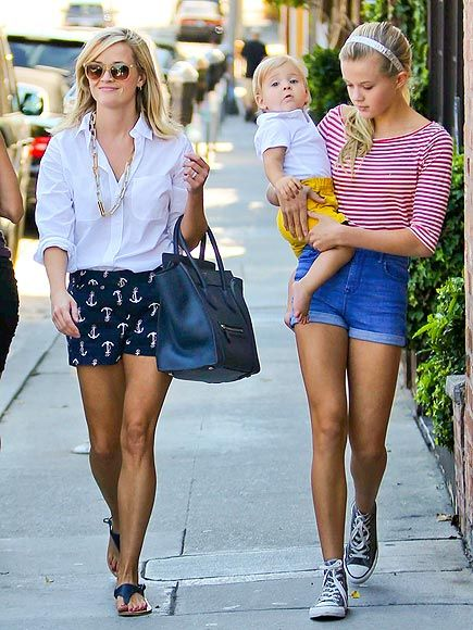 ALL TOGETHER NOW photo   Reese Witherspoon