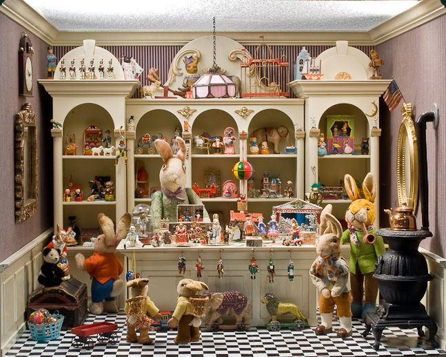 Easter Inspired vignette. This website has some really cool doll house rooms and houses. Scroll down the page once on site.