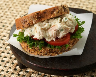 CLT - Chicken, Lettuce and Tomato http://www.foodinaminute.co.nz/Recipes/CLT-Chicken-Lettuce-and-Tomato