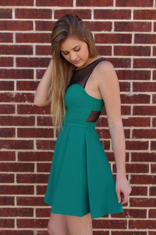 Emerald Sweetheart Dress - BCBGeneration - Luna Boutique