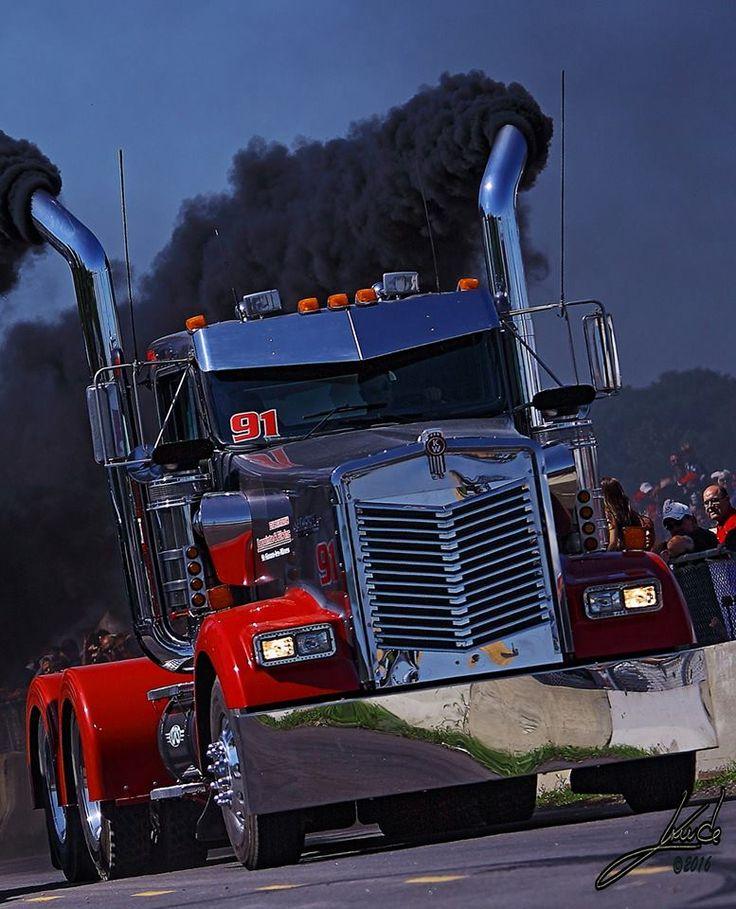 Truck Drag Racing In Québec Is Extreme