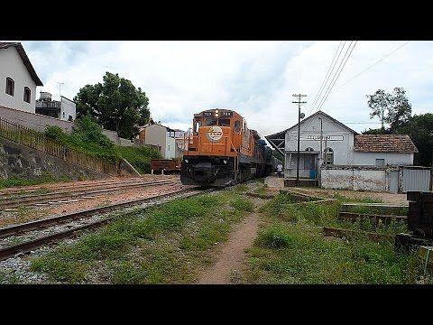 Trem carregado passando pelo patio de Itumirim - YouTube