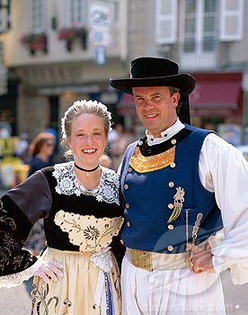 Costumes du Poher et du pays Glazig,  Breizh/Bretagne/Brittany.