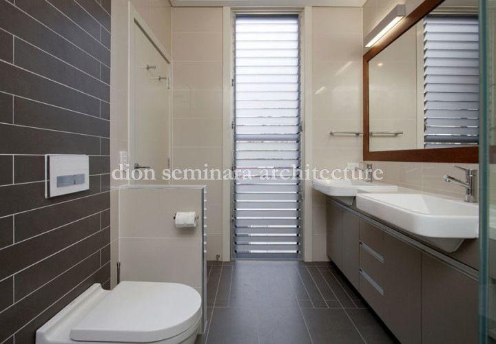 Bathroom interior design Brisbane, Indooroopilly Interior Architecture by - Dion Seminara Architecture