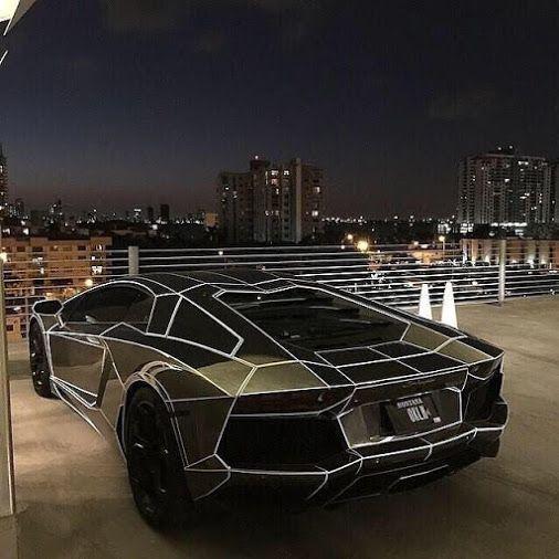 Lamborghini Aventador at night.... #night  #lamborghini …
