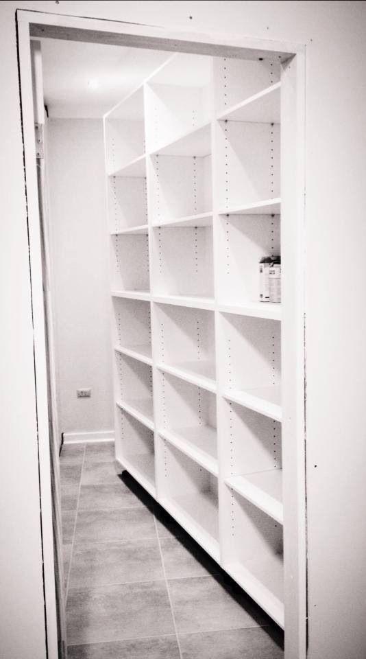 Walk in pantry