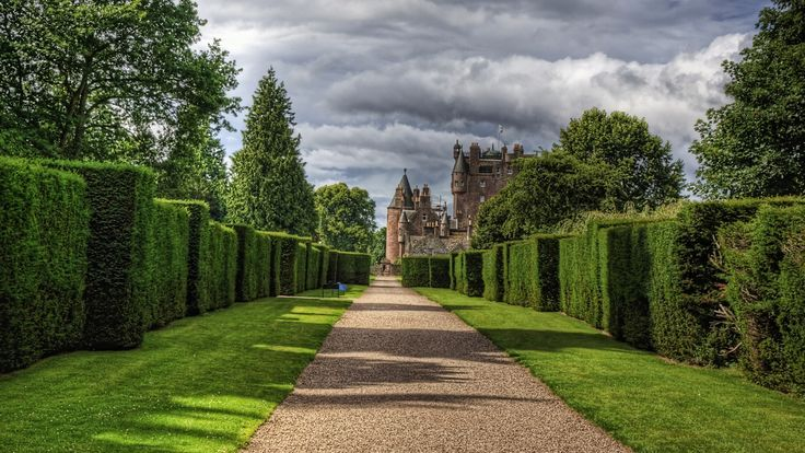 2560x1440 Wallpaper for Desktop: glamis castle