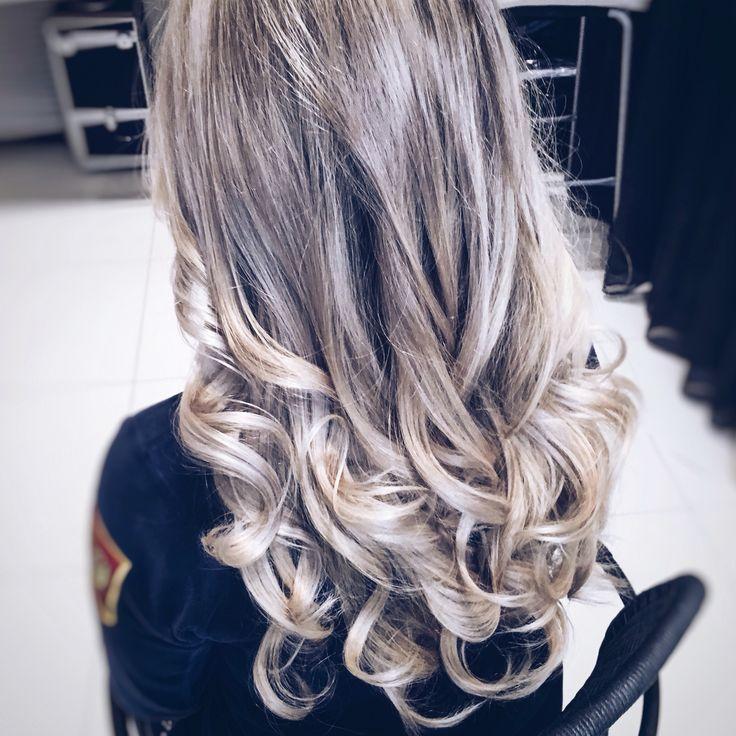 Крупные кудри  TIGI hair
