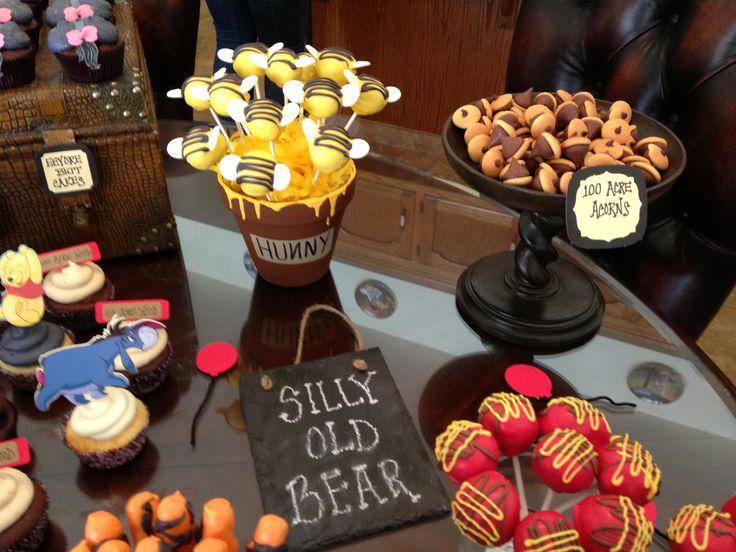 winnie the pooh dessert table