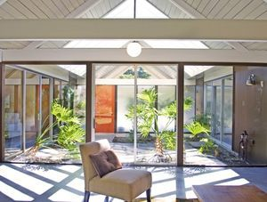 "Thousand Oaks Eichler homes (constructed by real estate developer Joseph Eichler) feature an open concept that ""brings the outside in"" – Tour Thousand Oaks Eichler homes for sale today!"