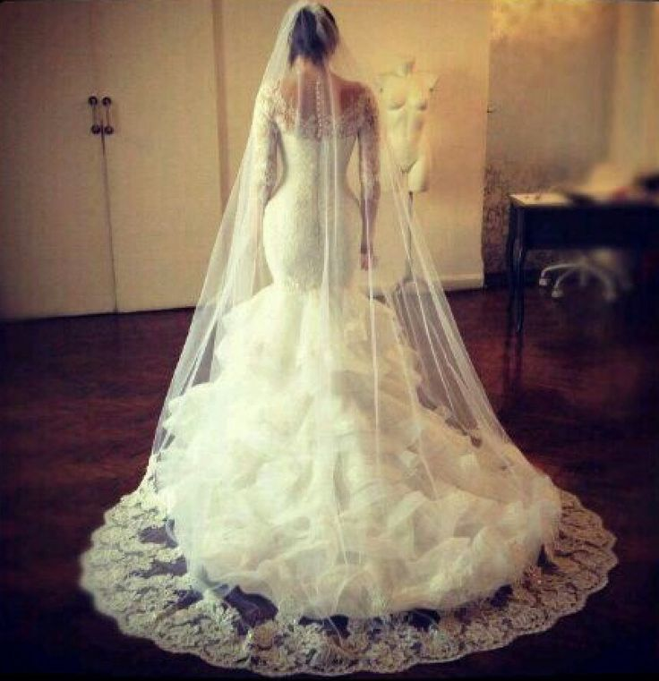 25+ Best Ideas About Hourglass Wedding Dress On Pinterest