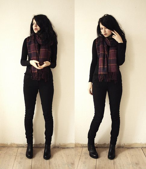 Black+Plaid (by Sonja Erzabet) http://lookbook.nu/look/4364035-Black-Plaid