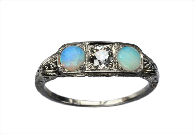 1920s Art Deco Opal & Diamond Ring