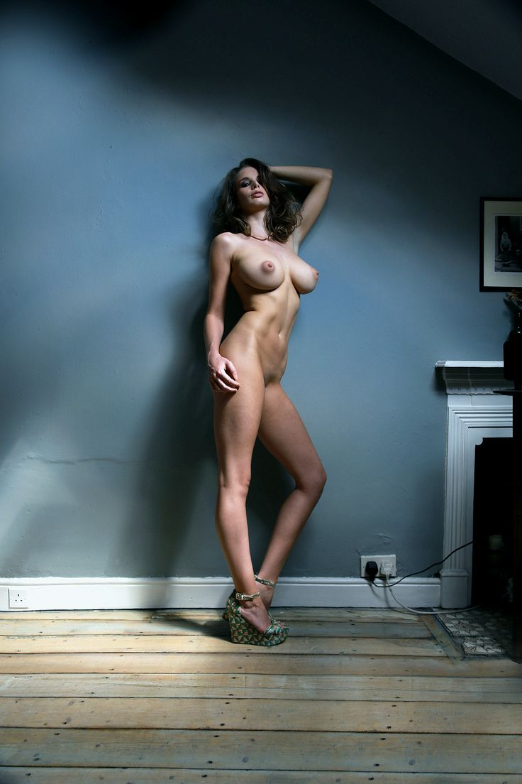 Nude photo shoots female — pic 13