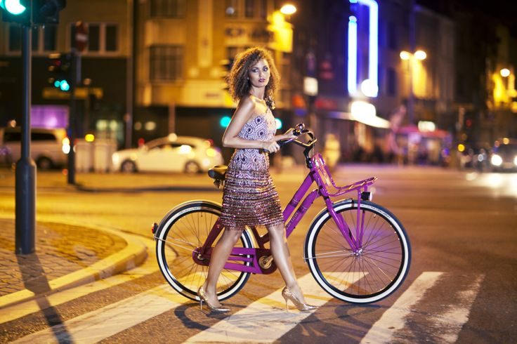 Stijlgroep: #Life, #Fiets #Cortina Crush Deep Orchid (3-speed), Kleding: by Janice