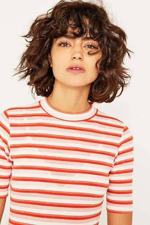 PRETTY AND CURLY HAIRS FOR BOB HAIR #curly #hairs #pretty – Frisuren2019.net