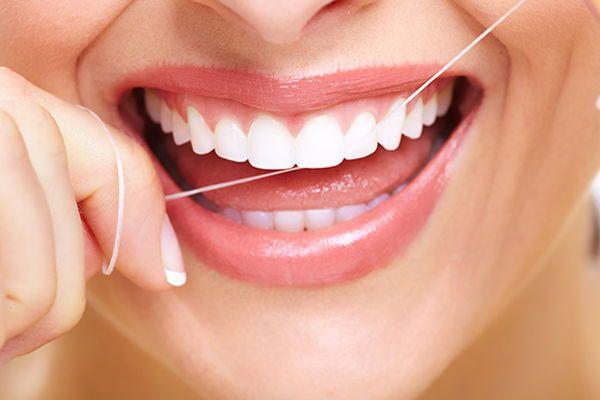 Estrategia para prevenir las caries dental de forma natural.