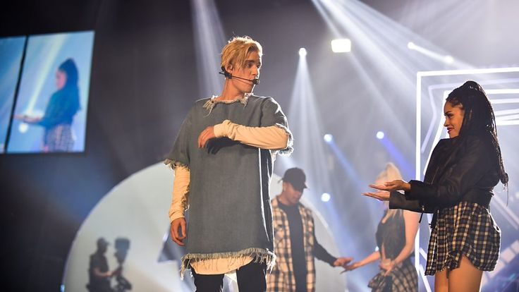 ▶ BBC Radio 1 - BBC Radio 1's Teen Awards, 2015 - Justin Bieber at Radio 1's Teen Awards 2015