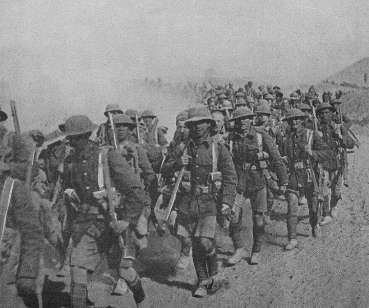 British troops on the march during Mesopotamian campaign 1917.