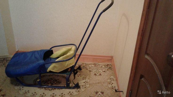 Продам Санки за 800 руб. http://kovrov.city/wboard-view-3221.html  Продам санки синие в хорошем состоянии.В комплекте чехол и ремни безопасности.