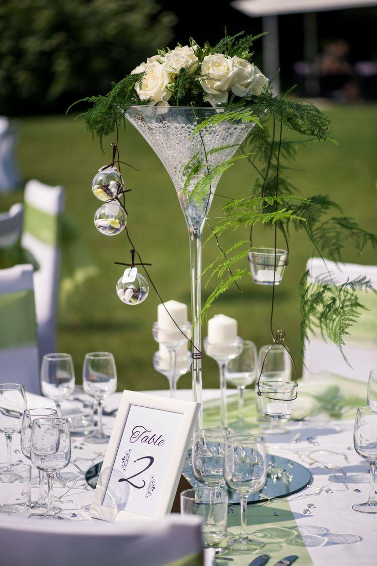 Réception en extérieure, Centre de table, Vase Martini, Décoration Florale