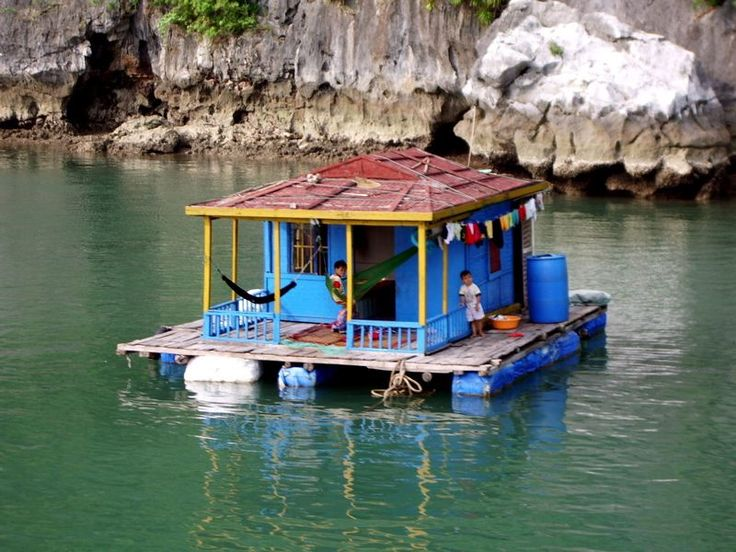 Floating Houses // Halong Bay, Ho Chi Minh