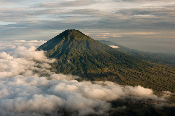 Sindoro mountain
