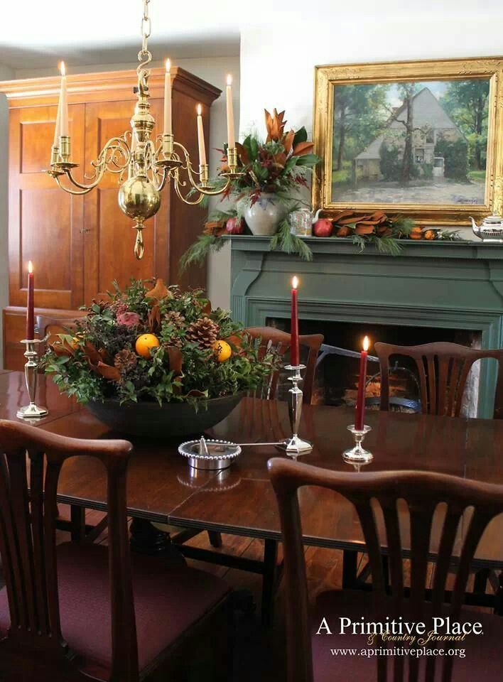 FARMHOUSE – INTERIOR – vintage early american decor is perfect for a farmhouse room like this primitive place beautiful colonial style dining room.